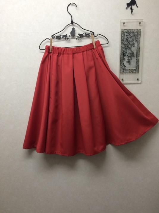 コットン混グログランのタックフレアースカート|スカート・パンツ・ジーンズ... コットン混グログ