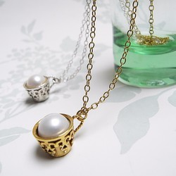 18ct goldplated teacup necklace pearl