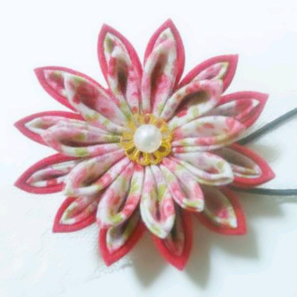 赤 花柄のつまみ細工ヘアアクセサリー