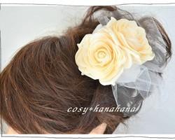 ヘッドドレス・コサージュ*ベージュ薔薇